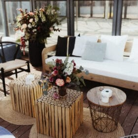 Intimate wedding in rooftop